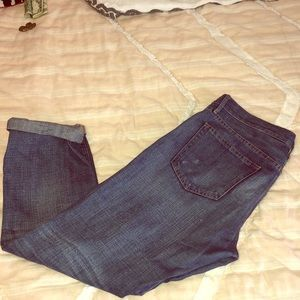 Distressed gap boyfriend jeans. Size 28/29